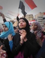 Egypte-tout-le-monde-peut-etre-inquiet-les-hommes-et-les-femmes_mode_une.jpg
