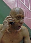 Guillermo-Farinas-tres-affaibli-par-ses-greves-de-la-faim-hier-a-Santa-Clara-ou-il-reside_-(Photo-AFP).jpg